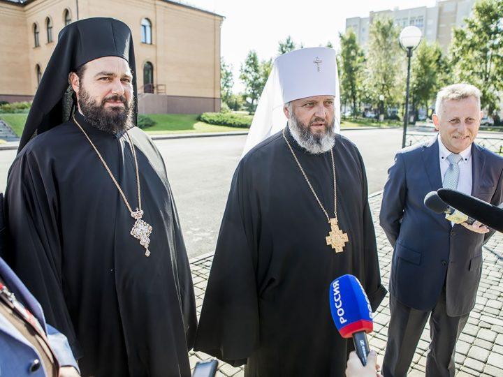 Официальные представители прокомментировали принесение мощей святителя Спиридона в Кузбасс