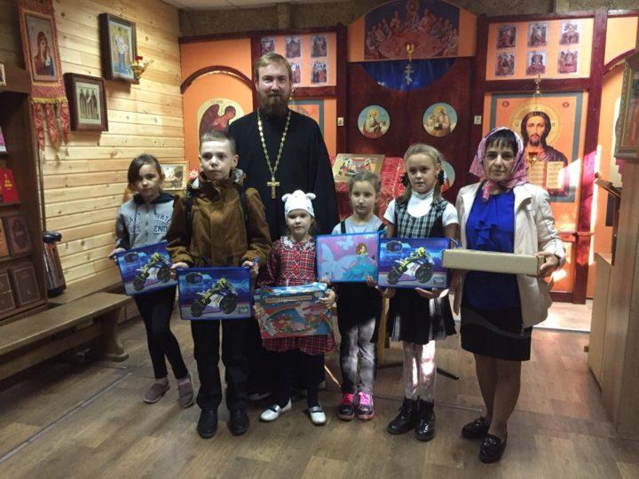 Первоклассники побывали в гостях на приходе Кемеровских святых