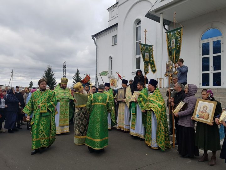 В день преставления прп. Сергия Радонежского храм посёлка Комиссарово встретил свой престольный день