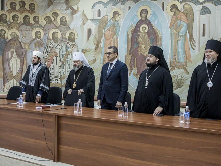 В Кемеровском епархиальном управлении состоялись парламентские встречи
