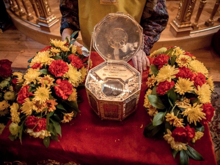 Ковчег с частицей мощей Иоанна Крестителя доставили в Свято-Екатерининский кафедральный собор Краснодара