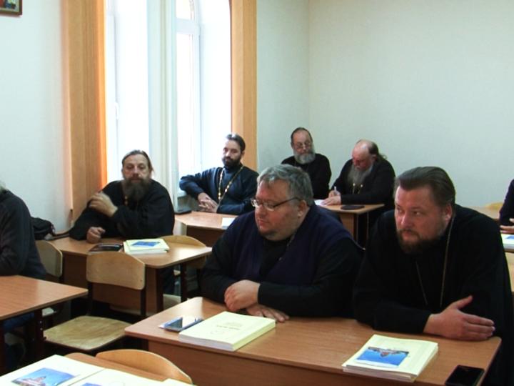 Православные богословские курсы Кемеровской епархии представили новую форму работы с заключёнными