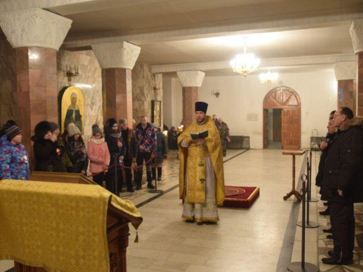 В Знаменском кафедральном соборе состоялась панихида в память о жертвах автомобильных аварий