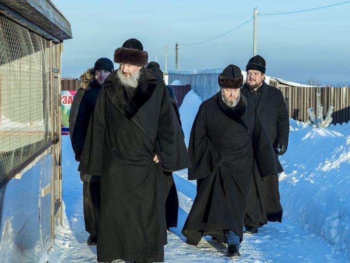7 декабря 2018 г. Экскурсия для главы Вятской митрополии по приходам и женской обители в Кемеровском районе