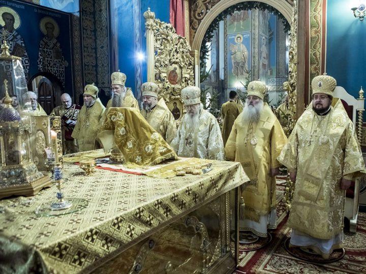 17 января 2019 г. Богослужение в день 60-летия главы Кузбасской митрополии