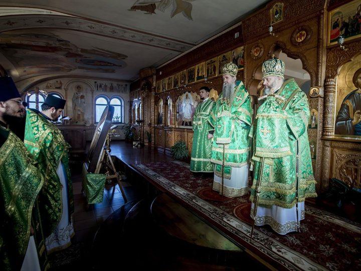 15 января 2019 г. Божественная литургия в престольный день храма преподобного Серафима Саровского в Полысаеве