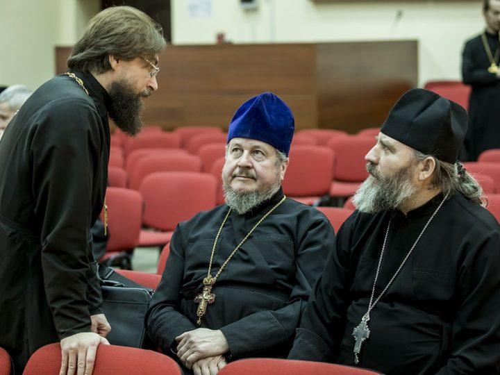 В Кемерове состоялось очередное заседание Епархиального совета