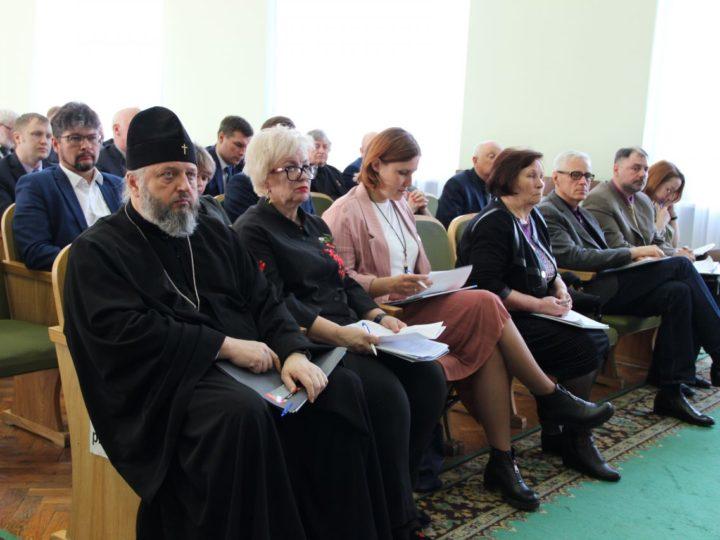 Глава Кузбасской митрополии принял участие в заседании Общественной палаты Кемеровской области