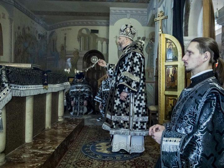 Митрополит Аристарх совершил первую в году Литургию Преждеосвященных Даров