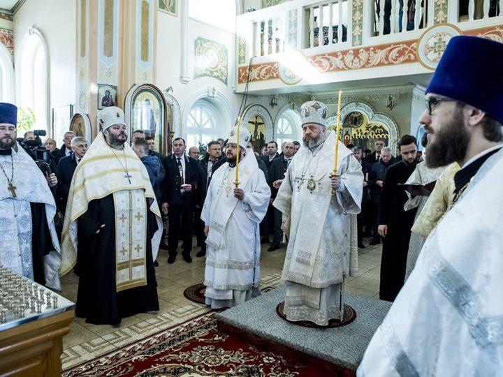 В 40-й день после трагедий на угледобывающих предприятиях в Кузбассе совершены особые богослужения