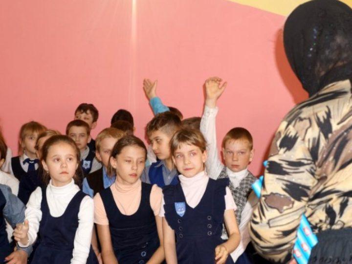 Школьникам Анжеро-Судженска рассказали о православной книге