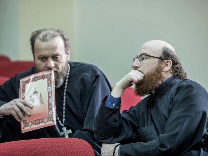 17 апреля 2019 г.: в Кемеровской епархии создана комиссия по церковному пению