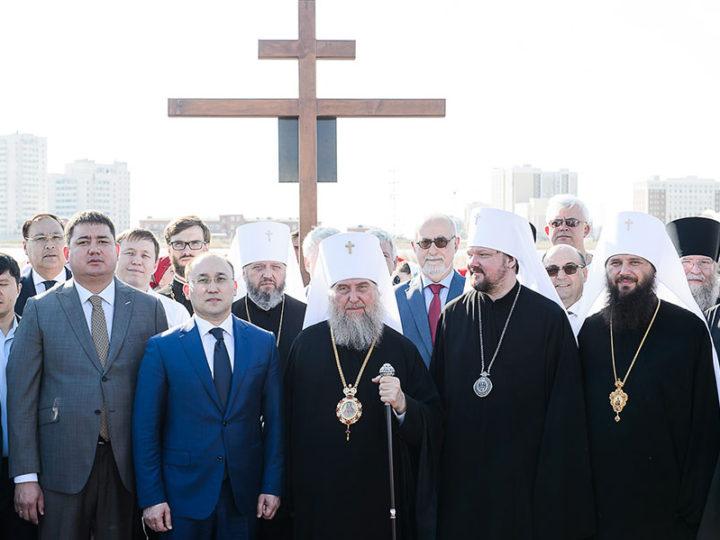 Глава Кузбасской митрополии принял участие в закладке нового храма в столице Казахстана