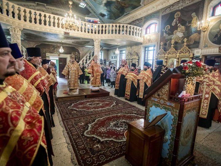 29 апреля 2019 г. Великая вечерня в храме Архангела Михаила г. Новокузнецка