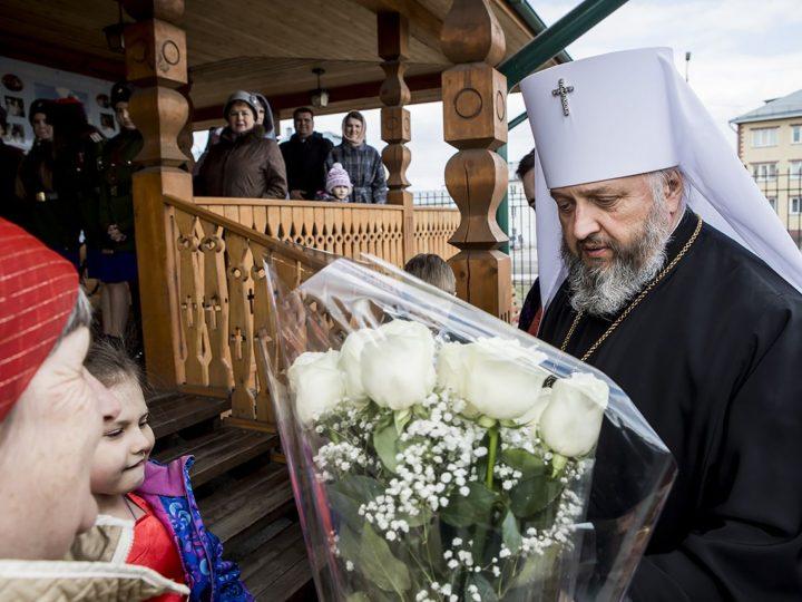 2 мая 2019 г. Великая вечерня в Благовещенском храме Ленинска-Кузнецкого в Светлый четверг