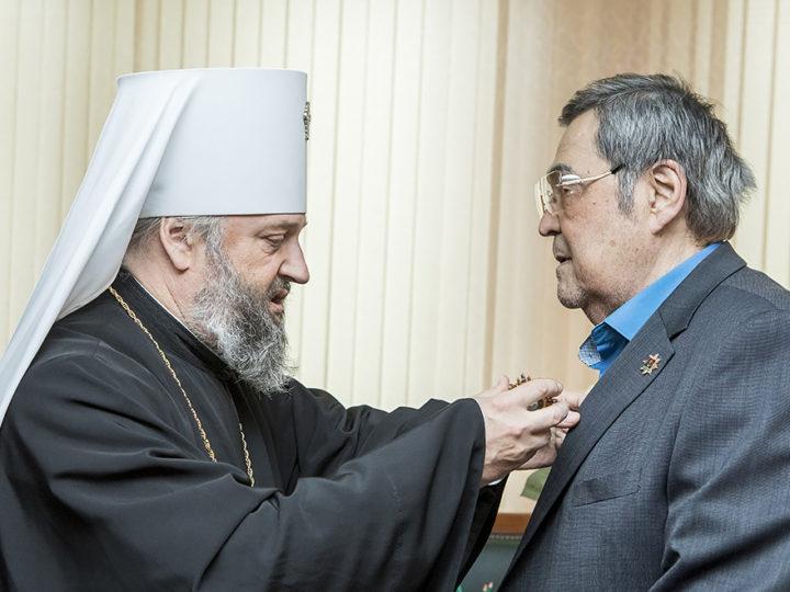 Митрополит Аристарх поздравил Амана Гумировича Тулеева с 75-летием
