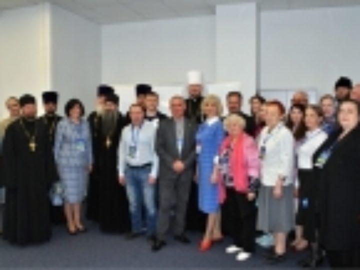 Вопросы взаимодействия Церкви и СМИ обсудили участники масштабного медиафорума во Владивостоке