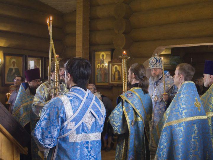 20 июля 2019 г. Всенощное бдение в храме праведного Прокопия Устюжского Прокопьевска