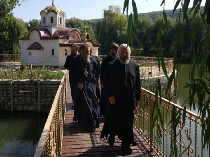 13 сентября 2019: Владыка Аристарх посетил село Строенцы в Приднестровье