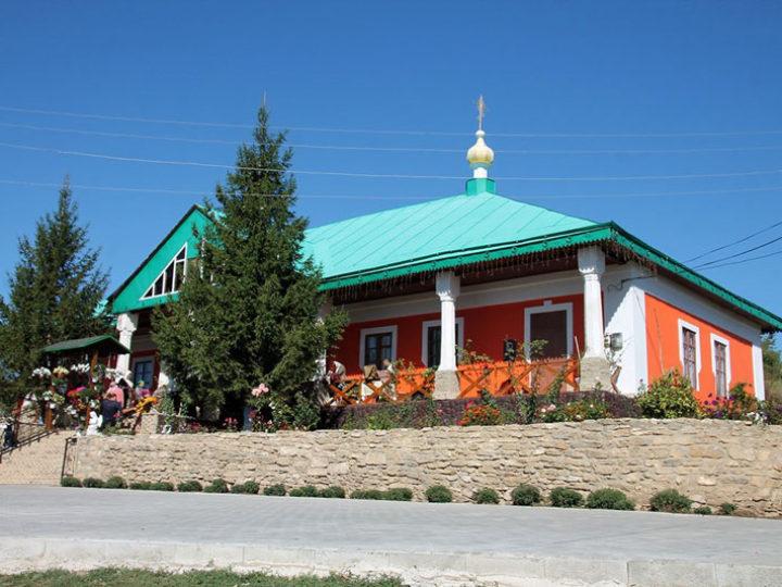 14 сентября 2019: Митрополит Аристарх посетил Хировский женский монастырь
