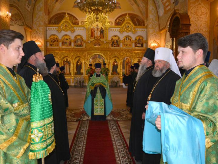 11 сентября 2019: глава Кузбасской митрополии сослужил Предстоятелю Православной Церкви Молдовы