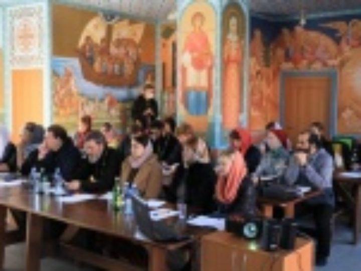 В Донской митрополии представители 15 епархий прошли стажировку в ресурсном центре по церковному и социальному служению