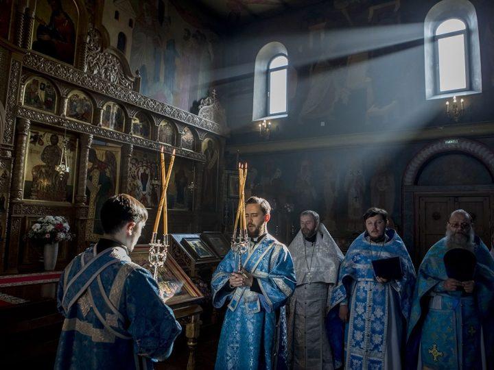 14 октября 2019 г. Престольный праздник Свято-Серафимо-Покровской женской обители в Ленинске-Кузнецком