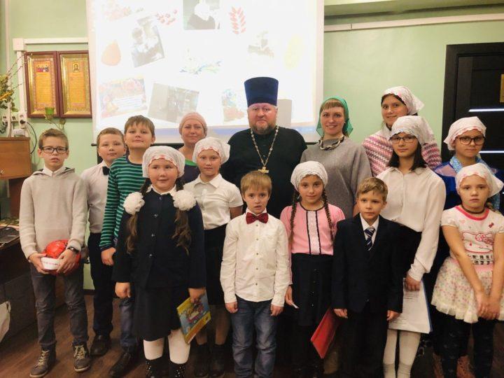 День учителя в воскресной школе храма Новокузнецка