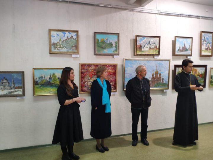 В Кемеровском областном художественном колледже проходит выставка, посвящённая празднику Покрова Божией Матери