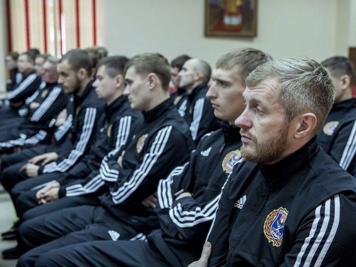 31 октября 2019: Глава Кузбасской митрополии провёл встречу с «Кузбассом»