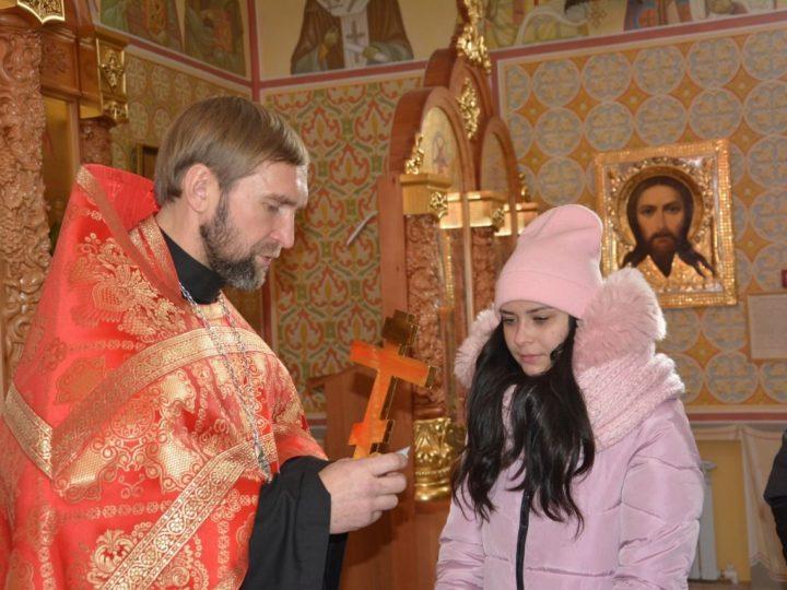 В Гурьевске прошла встреча студентов местного техникума со священником и врачом-гинекологом