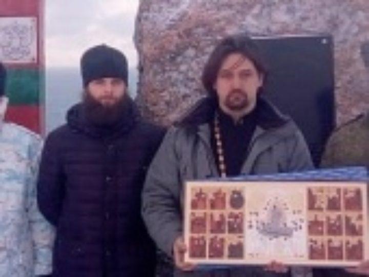 Копия иконы Успения Божией Матери из Псково-Печерского монастыря доставлена в самую восточную точку России