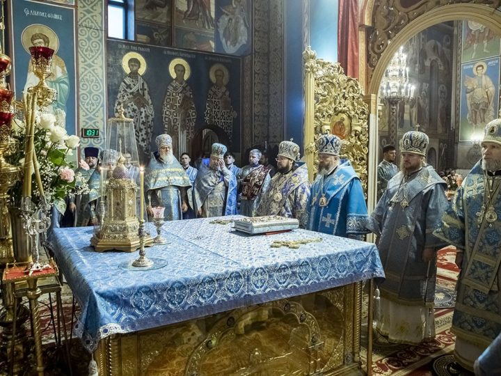 Главный храм Кузбасса встретил свой престольный праздник