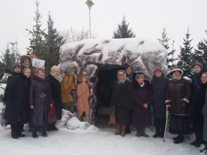 Паломники из столицы Кузбасса посетили Полысаево и Крапивино