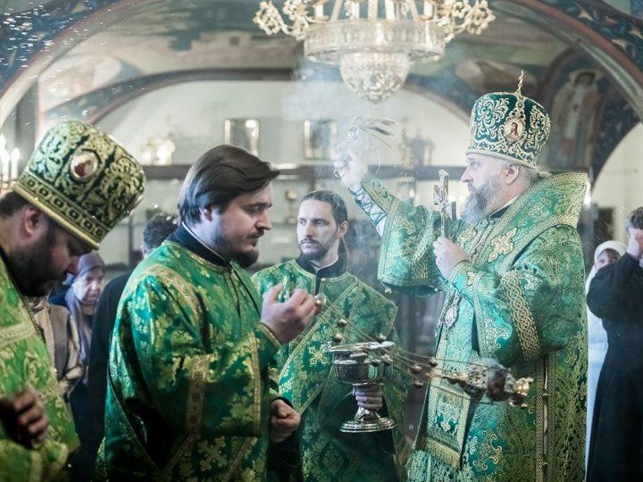 Храм на шахте «Заречной» в Полысаеве отметил престольный праздник