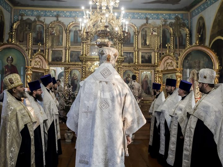 10 января 2020 г. Великая вечерня в Петропавловском храме Киселевска