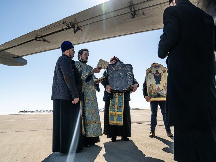Кемеровские священнослужители совершили облёт Кузбасса с молитвой об избавлении от коронавируса