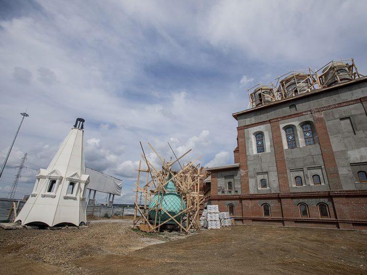 5 июля 2020 г. Посещение строящегося храма в честь Архангела Михаила в Кемеровском районе