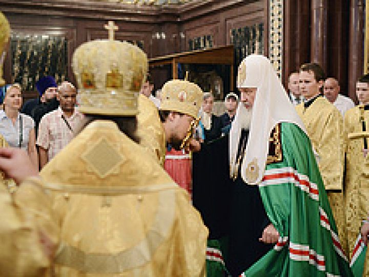 Христианин не может проходить мимо человеческой скорби, убежден Патриарх Кирилл