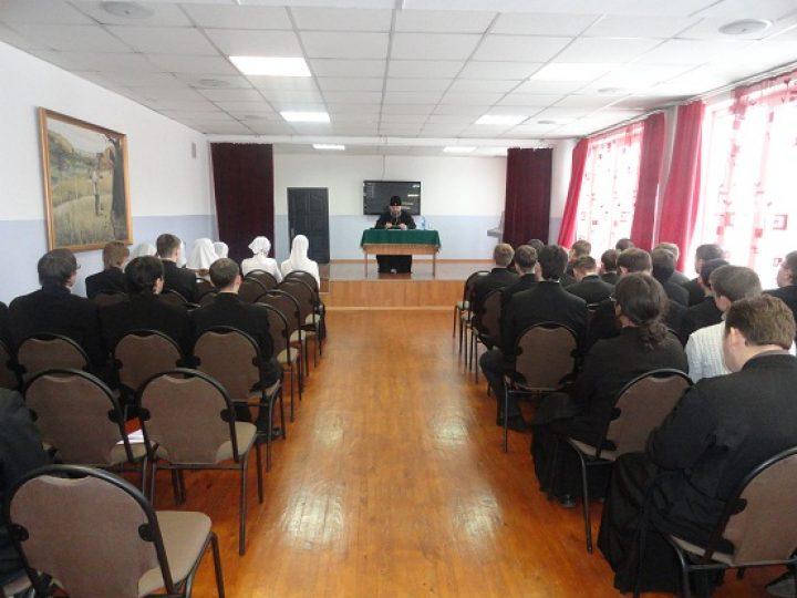 Митрополит Аристарх побывал с архипастырским визитом в Кузбасской семинарии