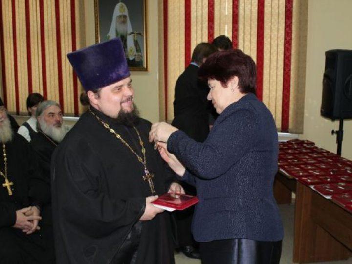 В Кемерове вручены областные награды духовенству Кемеровской и Мариинской епархий