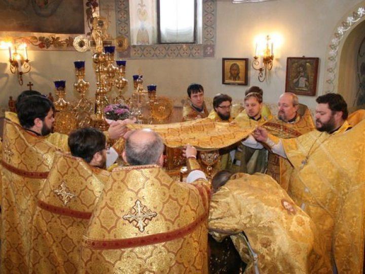 В Прокопьевске прошли церковные торжества по случаю 250-летия со дня освящения храма святого блаженного Прокопия Устюжского