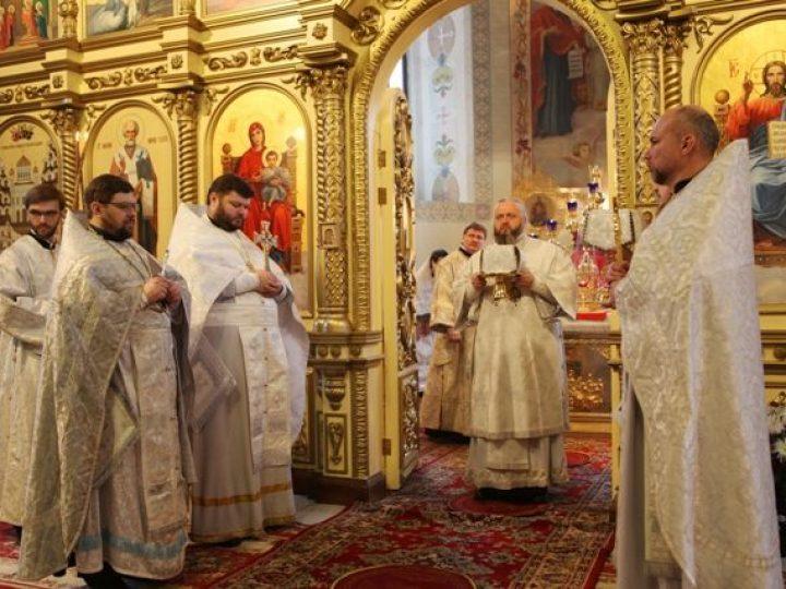 В день отдания праздника Рождества Христова глава Кузбасской митрополии совершил Литургию в соборе Прокопьевска