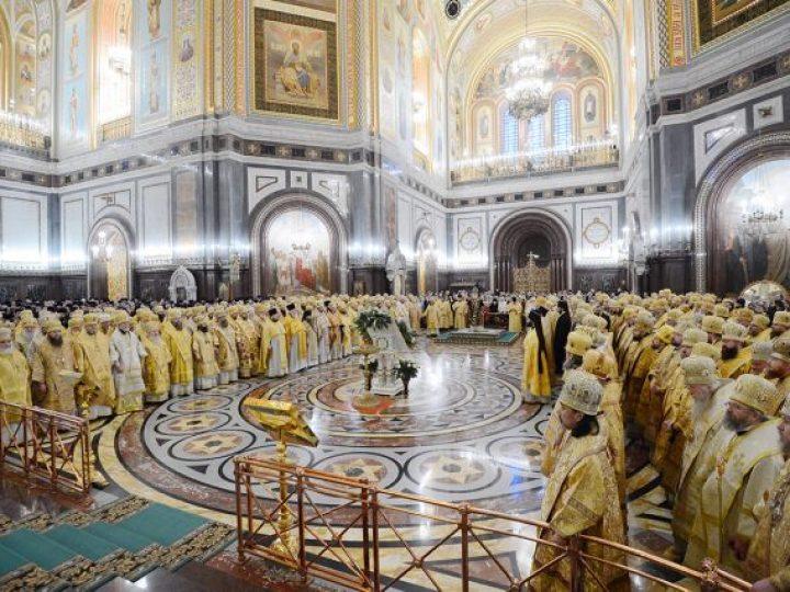 Глава Кузбасской митрополии принял участие в торжествах по случаю 4-й годовщины интронизации Святейшего Патриарха Кирилла