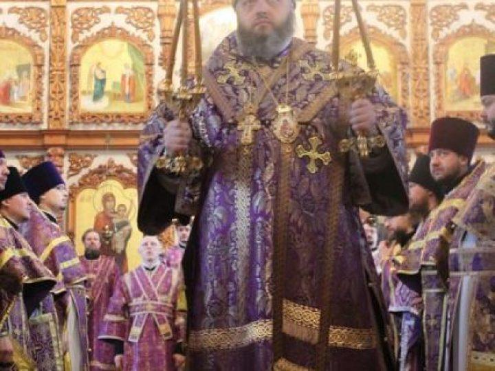 В неделю 2-ю Великого поста, святителя Григория Паламы, глава Кузбасской митрополии совершил Божественную литургию соборе Преображения Господня Новокузнецка