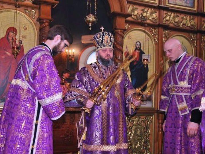 В день памяти 40 мучеников Севастийских митрополит Аристарх совершил Литургию в храме иконы Божией Матери «Утоли моя печали» Кемерова
