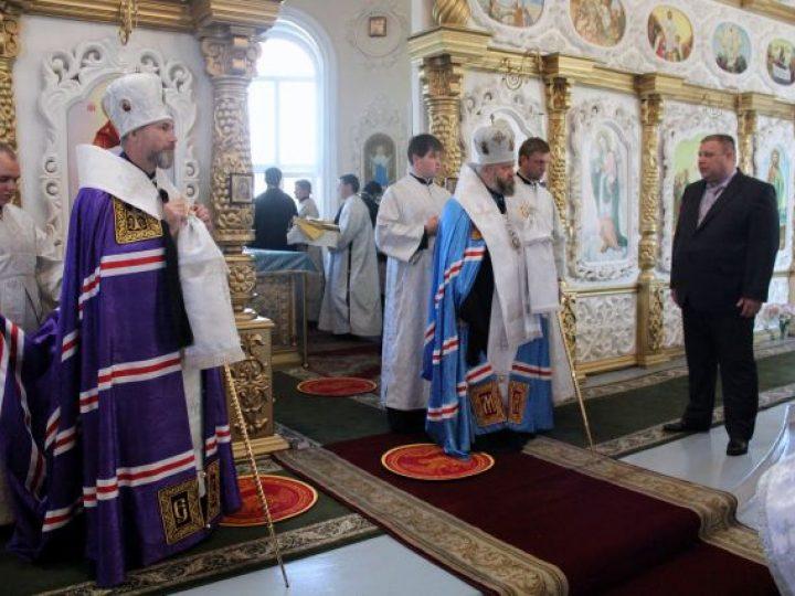 Глава Кузбасской митрополии представил епископа Владимира верующим Междуреченского благочиния