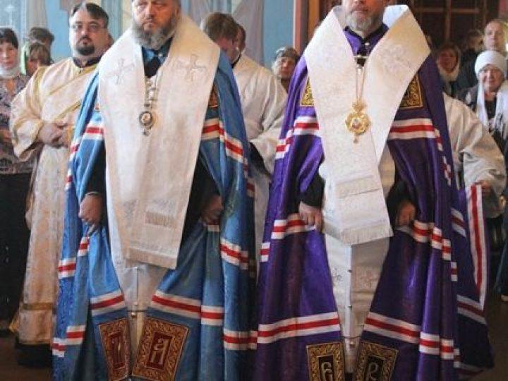 Митрополит Аристарх и епископ Владимир совершили молебен в самом южном городе Кузбасса