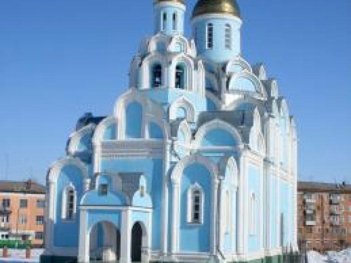В неделю 31-ю по Пятидесятнице, по Рождестве Христовом, митрополит Аристарх совершил Литургию в храме пос. Новый Городок