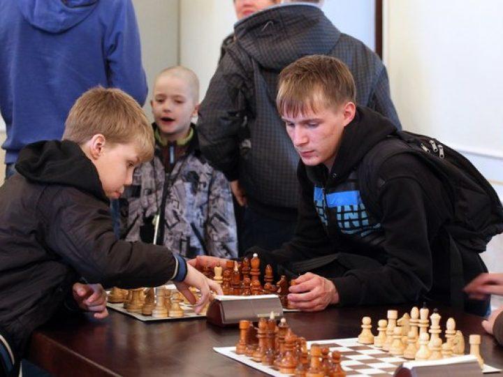 В Кемерове прошел финал первенства Кузбасса по шахматам среди команд детских домов и православных школ